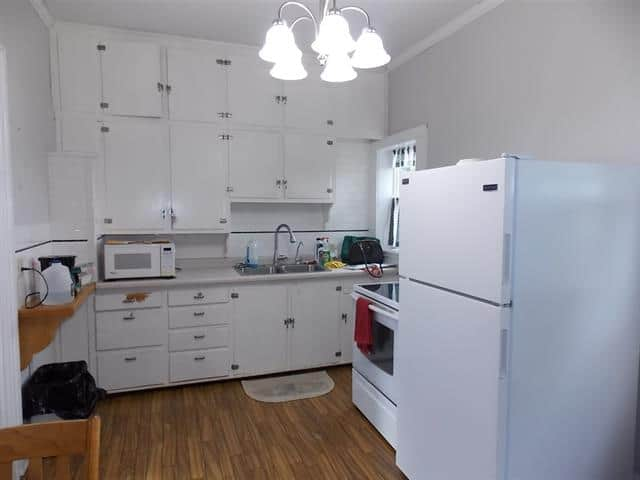 kitchen in 8423 E County Road A