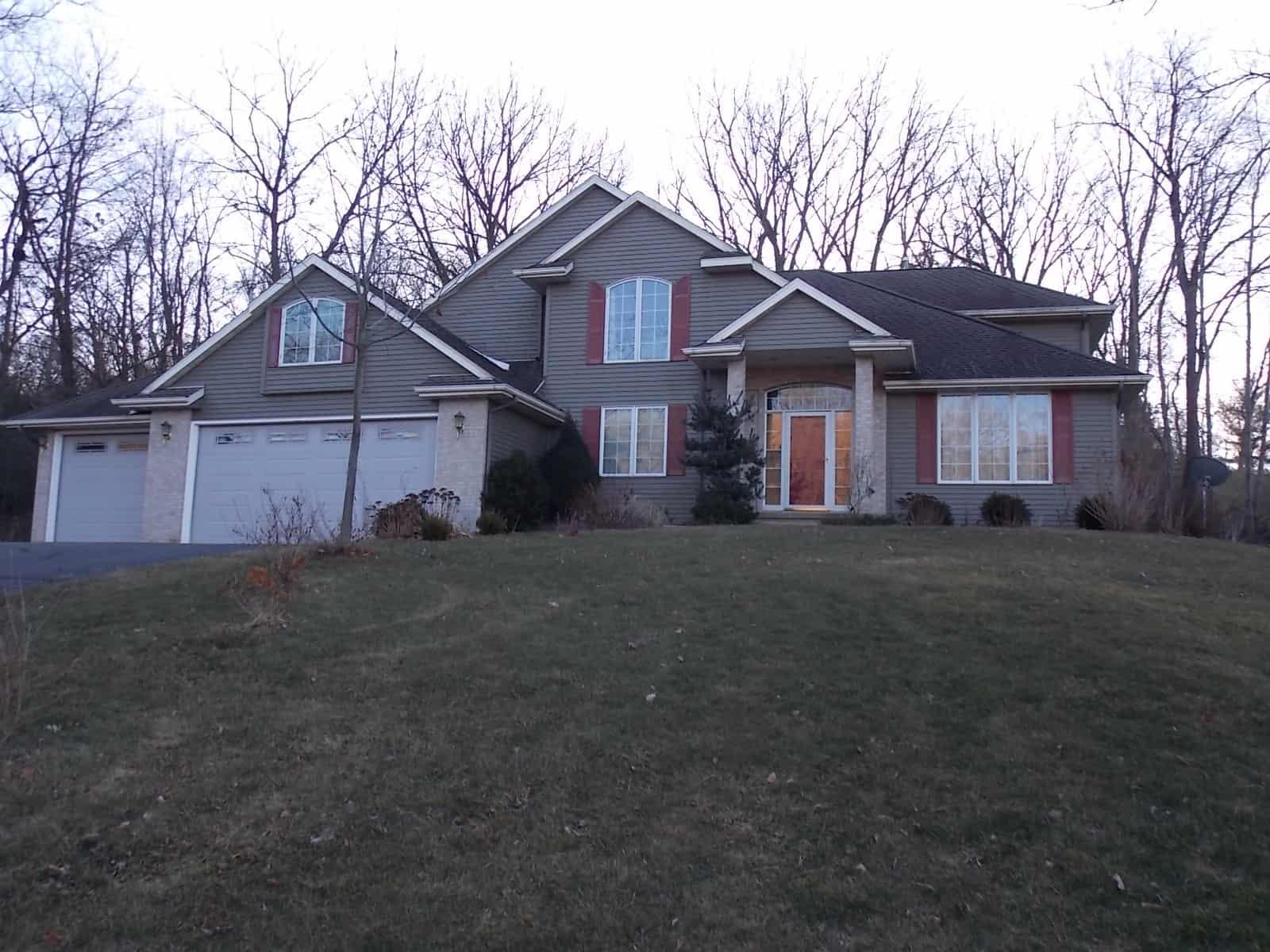 house for sale 2400 N Parker Dr Milton, WI