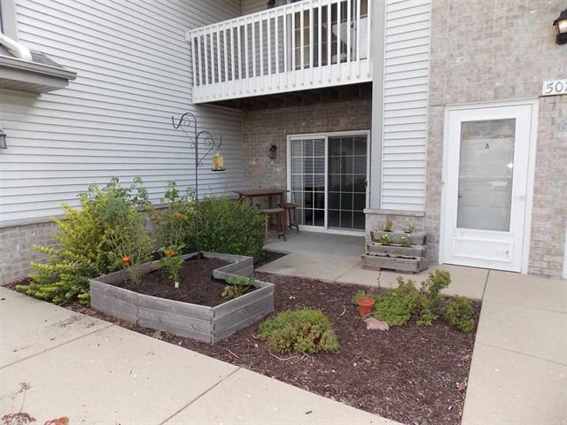 back porch at 507 Betzer Rd #A Delavan, WI